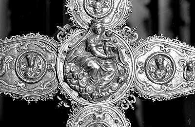 Reverso de la Cruz parroquial de Alustante