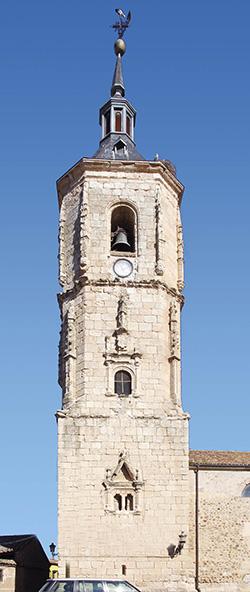 La torre de la iglesia de Yunquera