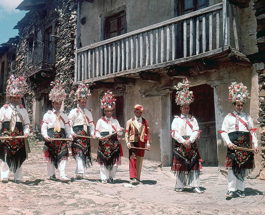 Danzas de Valverde de los Arroyos